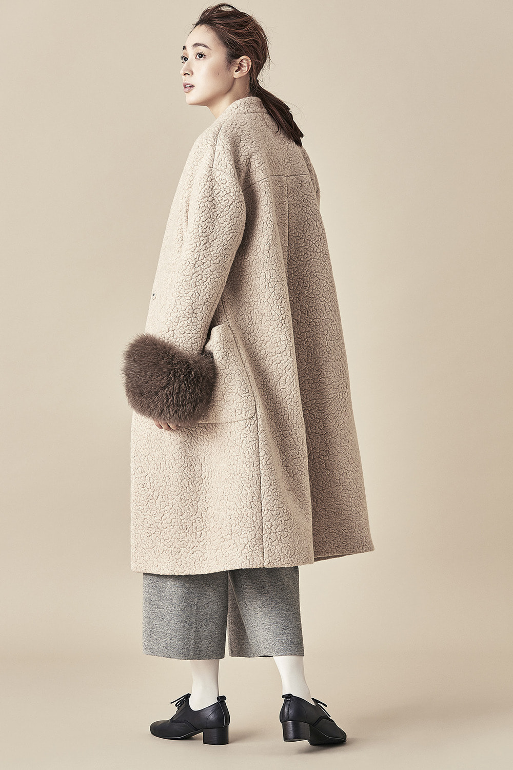 Wool Fur Sleeve Coat - Beige
