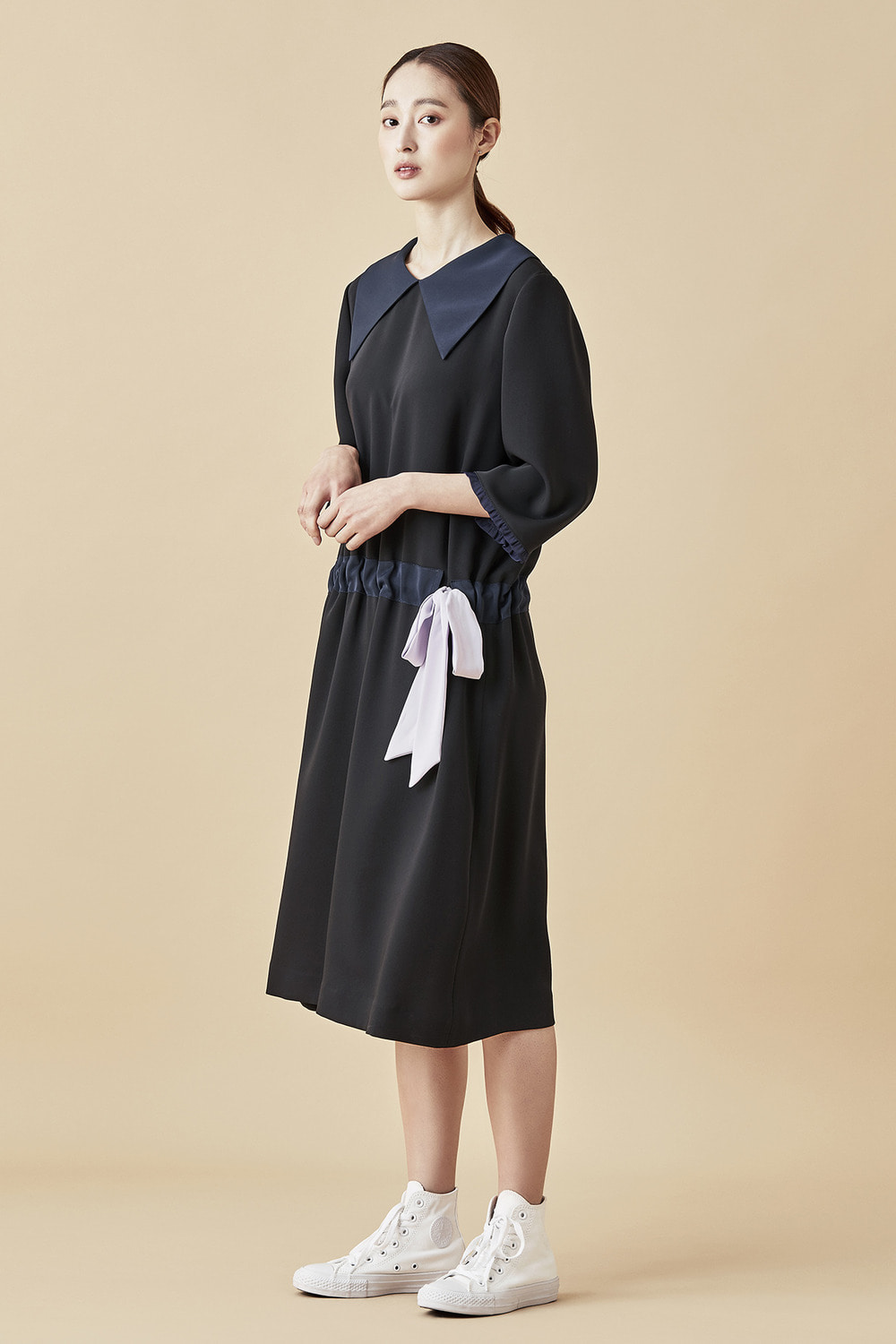 Wide Collar Ribbon Dress