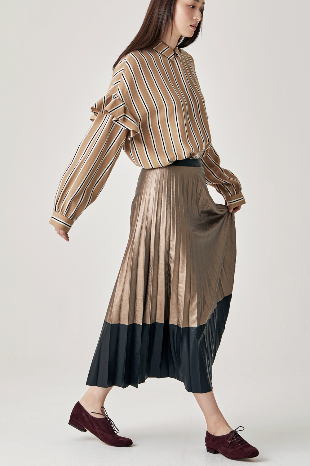 Full Pleats Skirt - Gold