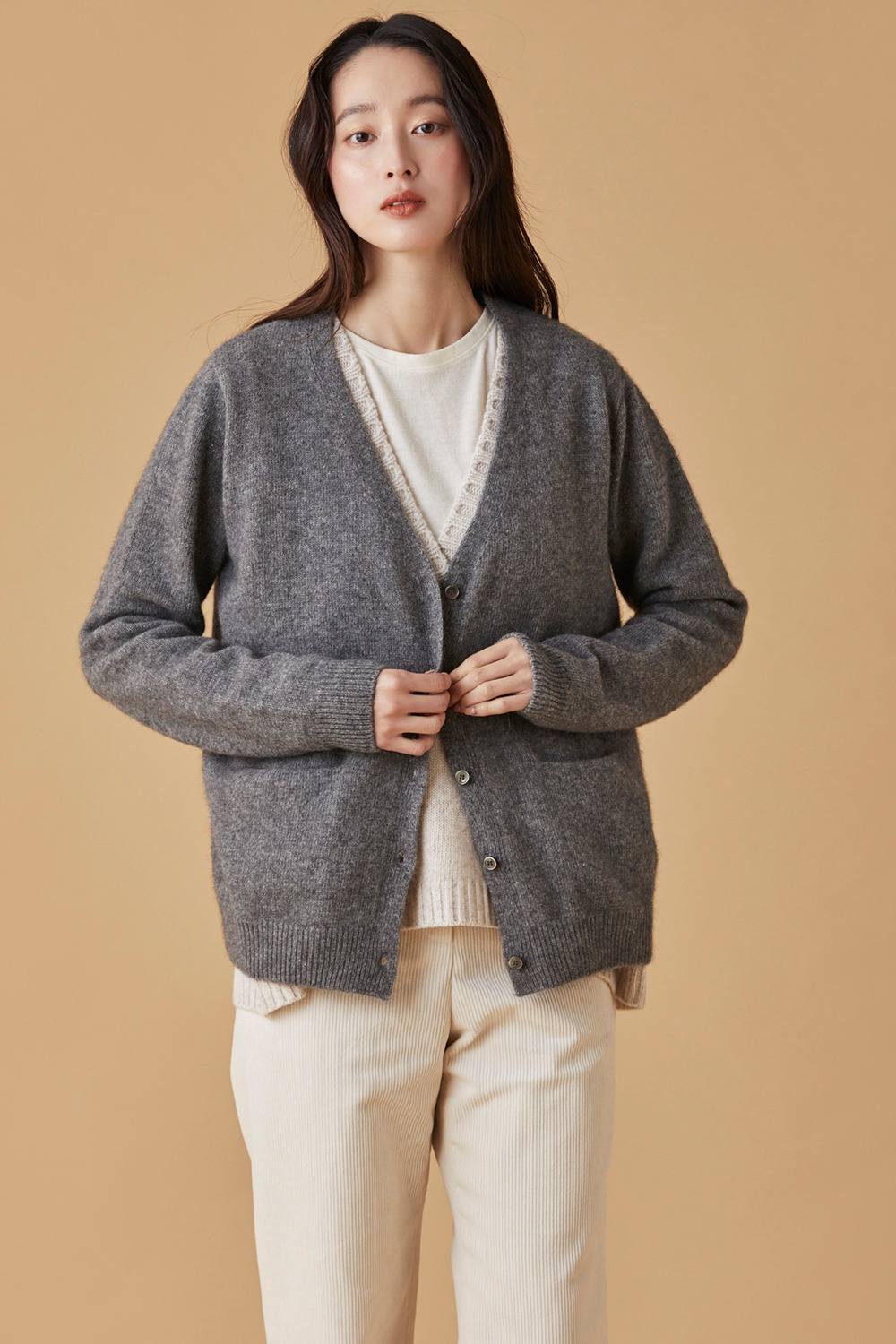 Raccoon Cardigan Gray