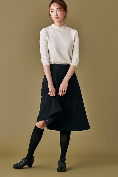 Pocket A-line Wool Skirt
